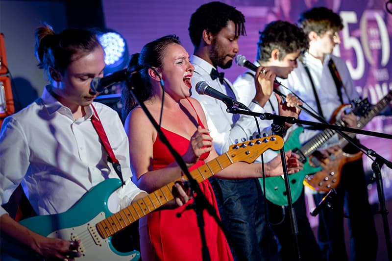 the ROLLIN', NEOMA students music club